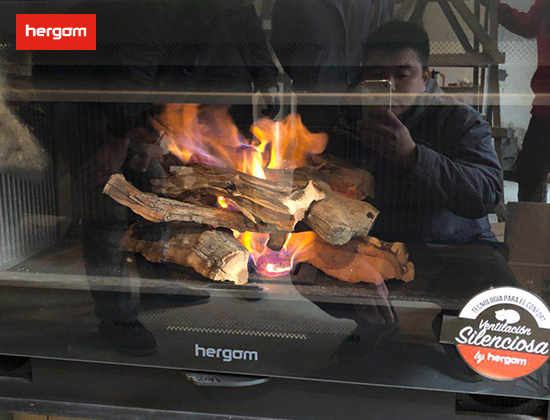 【上海市青浦区】御品园林郑女士采购我司燃木壁炉SERE80一台
