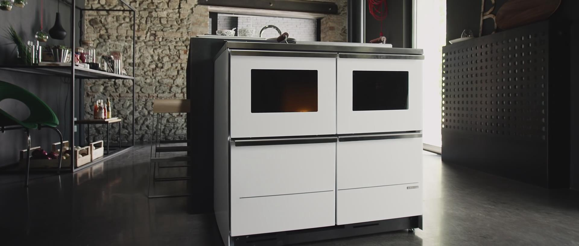 PALAZZETTI品牌燃木壁炉给您一个温馨舒适的家