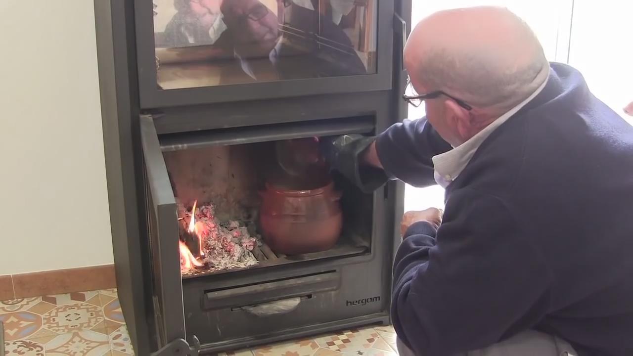ARCE系列带烤箱版燃木壁炉
