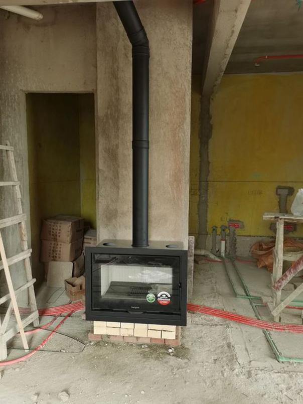 燃木铸铁壁炉样式