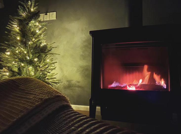 初次使用燃木壁炉点火时的技巧
