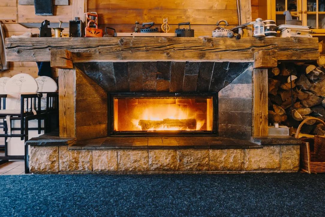 使用燃木壁炉环保吗?