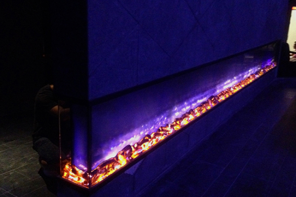 上海莫洛尼壁炉让夜晚的上海魔都酒吧更具有魔幻魅力三色6米壁炉